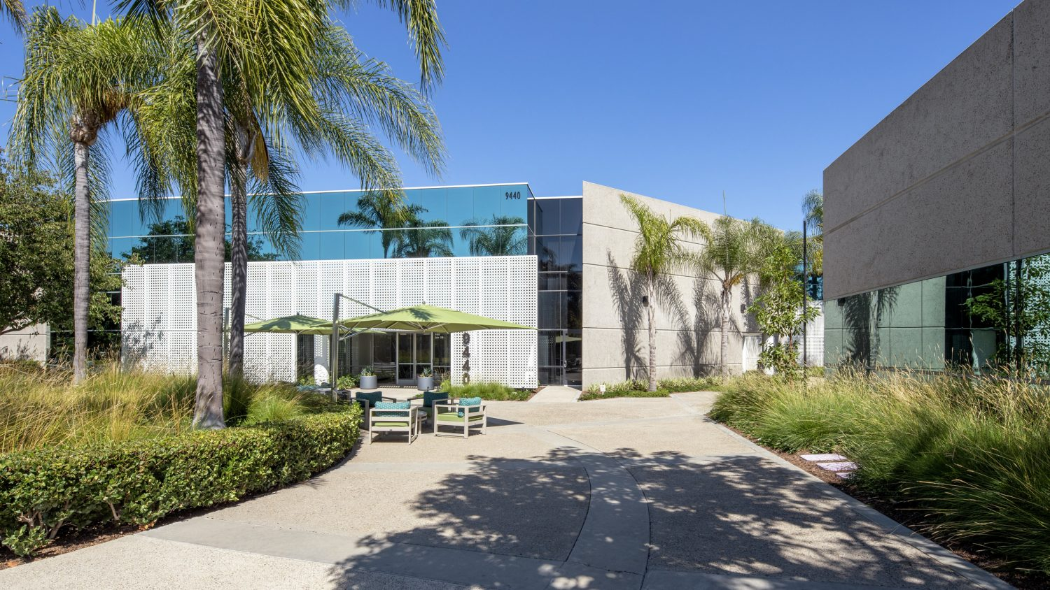 Rendering of Canyon Ridge Technology Park building entry in San Diego, CA